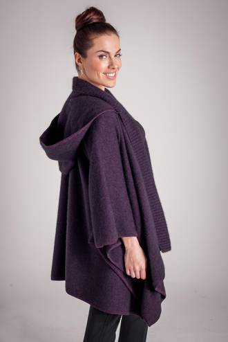 KO83 Koru Cape with detachable Hood