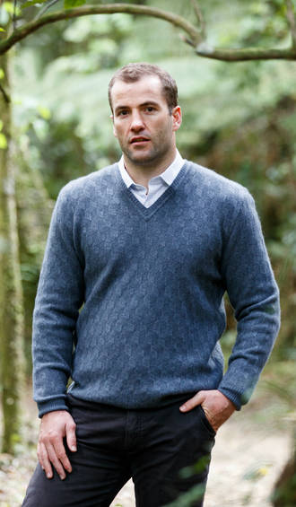 NS343 Vee Neck Moss Diamond Sweater